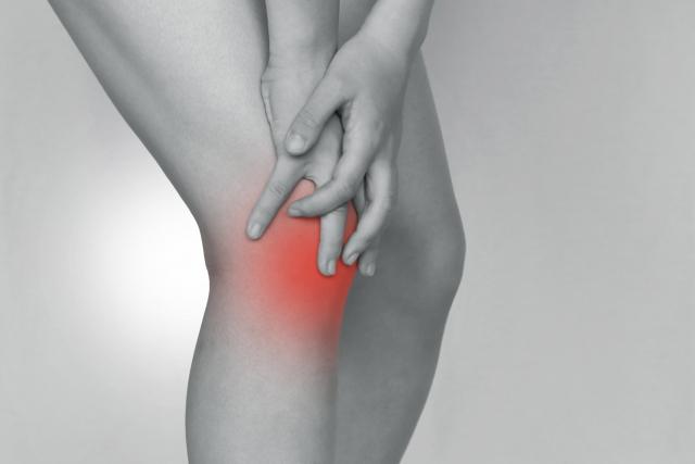 膝痛の炎症 発赤・熱感・腫脹(腫れること)・痛み