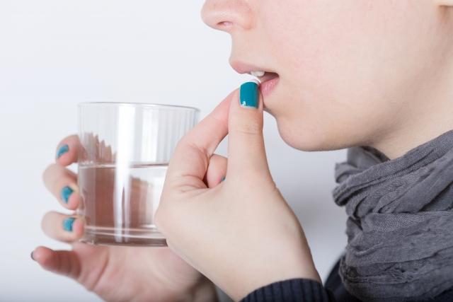 規則的に薬処方 精神科の薬は殆どが神経の働きを低下